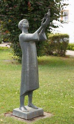 Gregor Kruk: Jüngling mit Taube